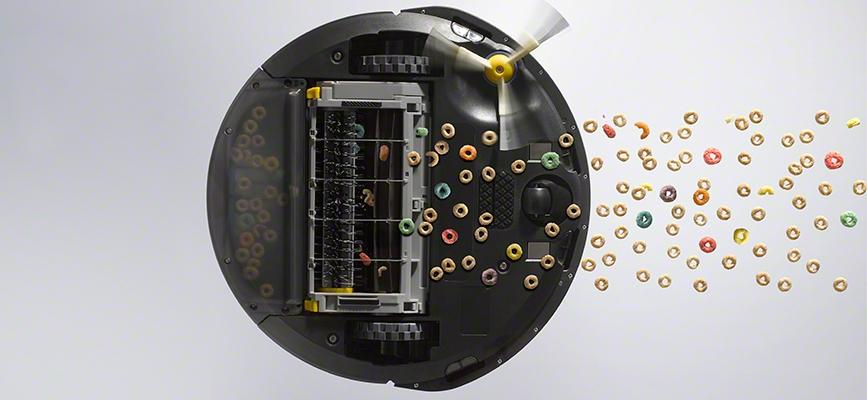 iRobot Roomba serii 600 odkurza płatki śniadaniowe widok od dołu